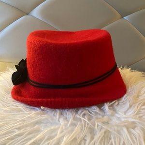 NWOT Wool Blend Red Bucket Hat w/ Black Flowers